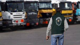 Camioneros siguen de paro en las distribuidoras de Coca Cola