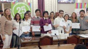 Con récord de trabajos, Colón presentó sus propuestas en el Senado Juvenil