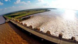 Corrientes se suma al reclamo entrerriano y pide provincializar Yacyretá