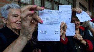 En Catalunya hablan de independencia y Rajoy de ilegalidad
