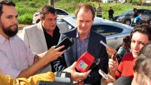 """Bordet en Colón: """"Hay que ir por la provincialización de la represa"""""""