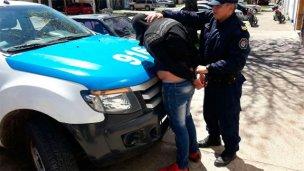 Detuvieron a un joven por el crimen de la anciana de Ramírez
