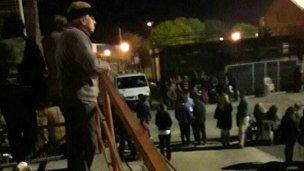 Gustavo Rivas no se privó de filmar el Desfile de Carrozas