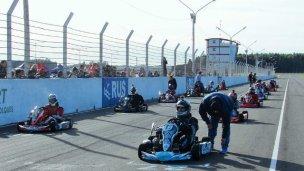 Karting y Competición 850 en el Autódromo de Concepción del Uruguay