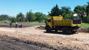 Iniciaron los arreglos en el acceso al Barrio Industrial