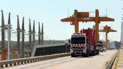 Programan dos cortes más en el puente Salto Grande