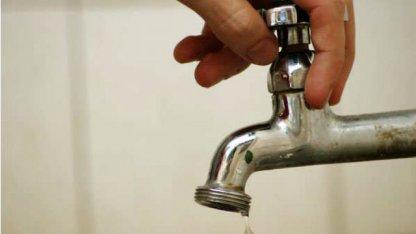 Alertan sobre la calidad del agua en zonas cercanas al Hospital
