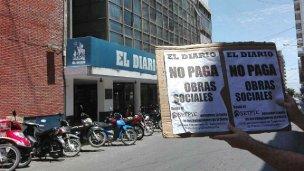 Con una protesta, empleados de El Diario denunciaron que llevan tres meses sin cobrar
