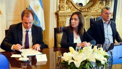 Macri sospecha que algunos gobernadores juegan a dos puntas