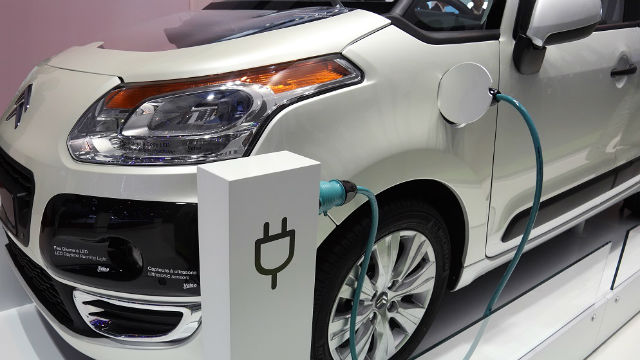 Para 2025 habría mayoría de autos eléctricos.