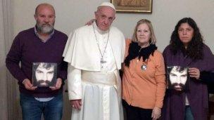 La familia de Santiago Maldonado visitó al papa: Una aventurada interpretación de la manera en que Francisco ejerce su magisterio social