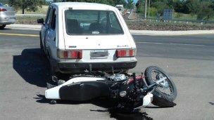 Motociclistas heridos
