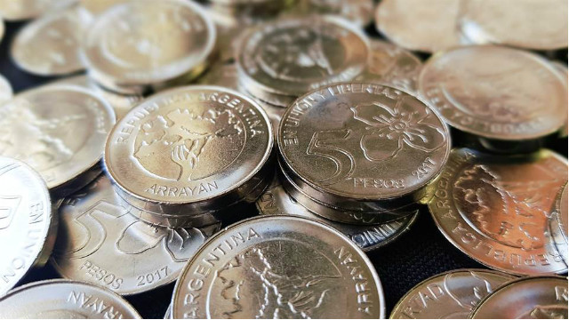 ¡Mirá! Así son las nuevas monedas de $1 y $5