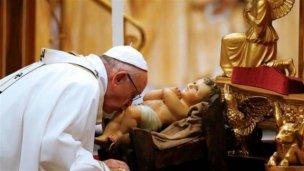 """El papa Francisco pidió """"abrir los ojos ante el que sufre"""""""