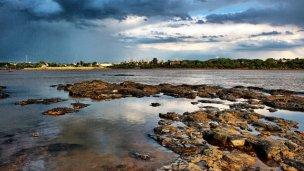 A contrarreloj en el río Uruguay, salvaron la vida de 7 bañistas