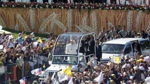 El Papa recibió en Chile un regalo que pesa más de 300 kilos