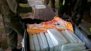 Viajaba en colectivo con 18 kilos de droga