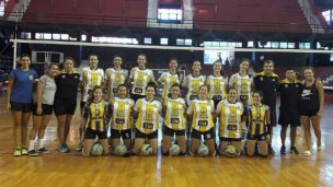 San José ganó un Triangular en Rosario