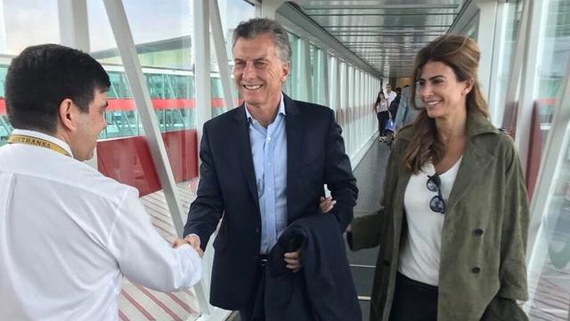 Macri, al partir rumbo a Moscú