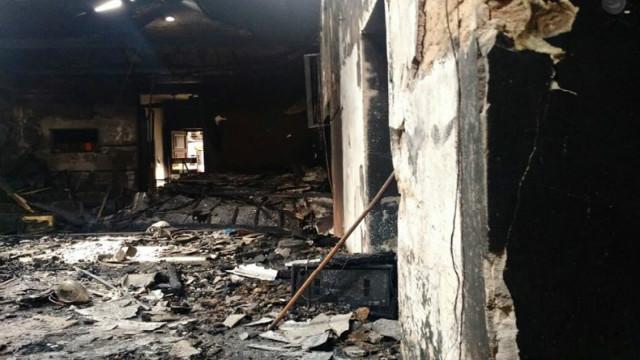 Incendió destruyó la Casa de la Cultura y ellos la quieren recuperar