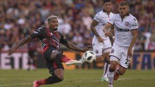 ¿Hubo posición adelantada en el gol de Patronato ante Lanús?