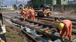 Empresa argentina construye 327 km de vías férreas en el Uruguay