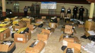 Contrabando: descubren lancha clandestina en el río Uruguay