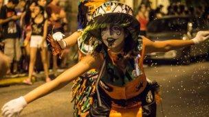 """""""Avisale a coso"""" que inicia el carnaval popular"""