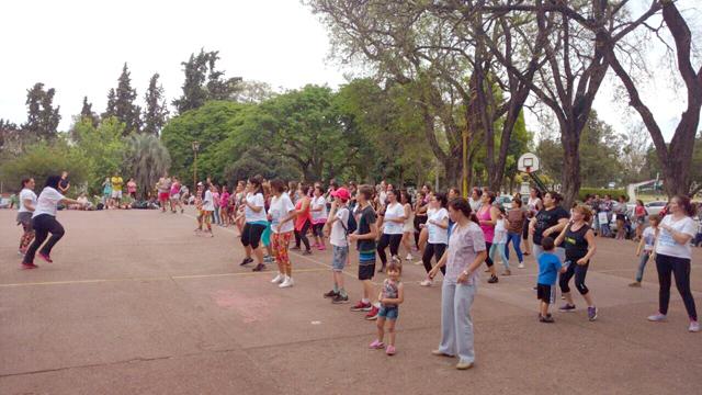 Campaña por el ACV en el Parque Quirós de Colón
